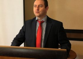 Снимка 2. Г-н Иван Кавръков – управител на БАРСПИП